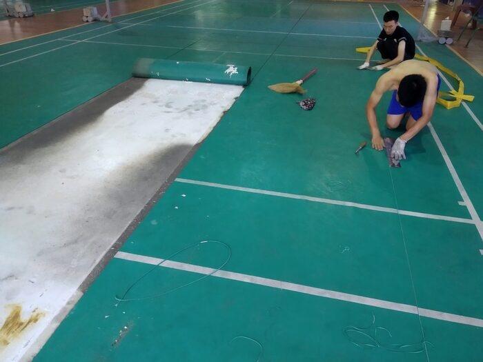 HT Sport cung cấp dịch vụ thi công sân cầu lông tiêu chuẩn