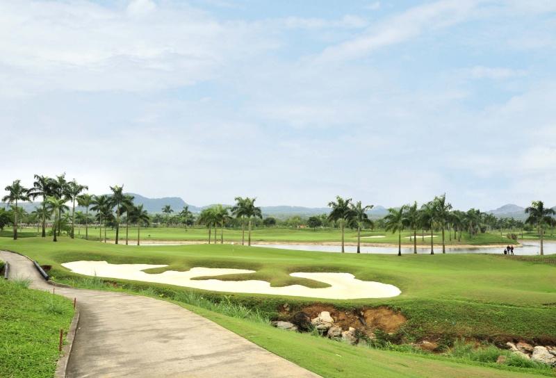 Sân Tràng An Golf (Ninh Bình)