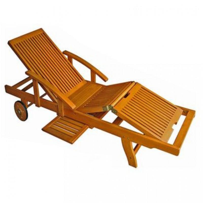Ghế được làm từ chất liệu gỗ sang trọng