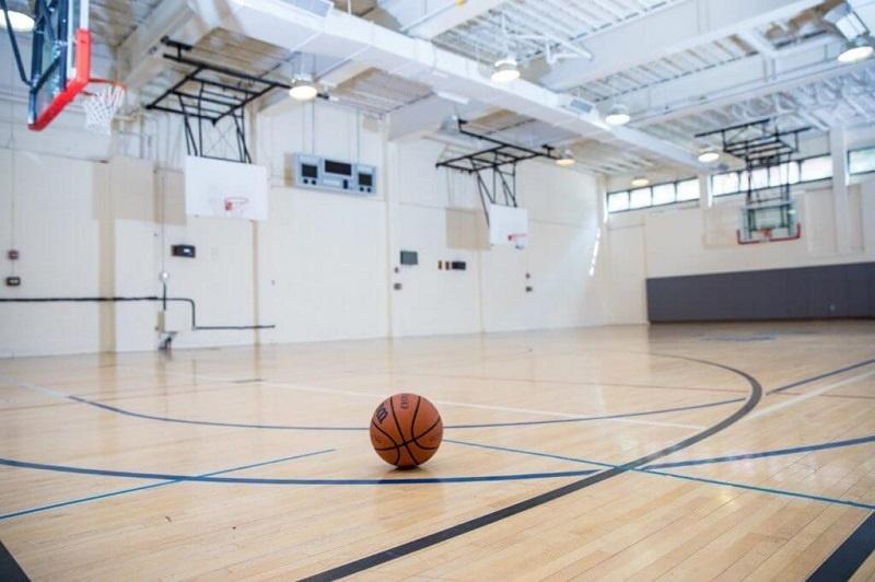 Tư vấn làm sân bóng rổ trường học nhanh chóng
