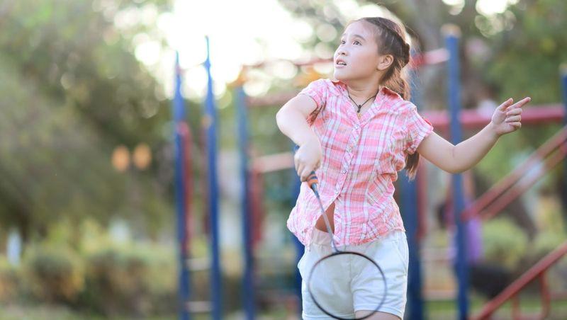 Đánh cầu có thể giúp phát triển chiều cao đối với trẻ đang trong độ tuổi phát triển